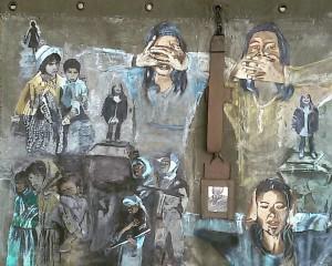 Horen zien zwijgen. Len Art kunst: acryl op canvas katoen. Afmetingen 90 x 1.40 meter. Oorlog en onrust.