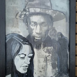 Man met hoed en vrouw. Len Art kunst: mixed media. acryl en inkt op hardboard. Afmetingen 34 x 45 cm. Mensen Kinderen.